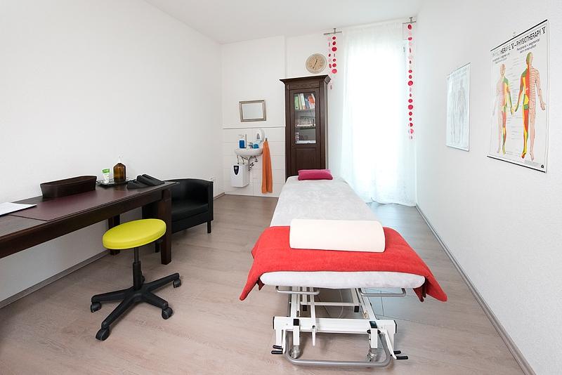 Behandlungszimmer Physiotherapie